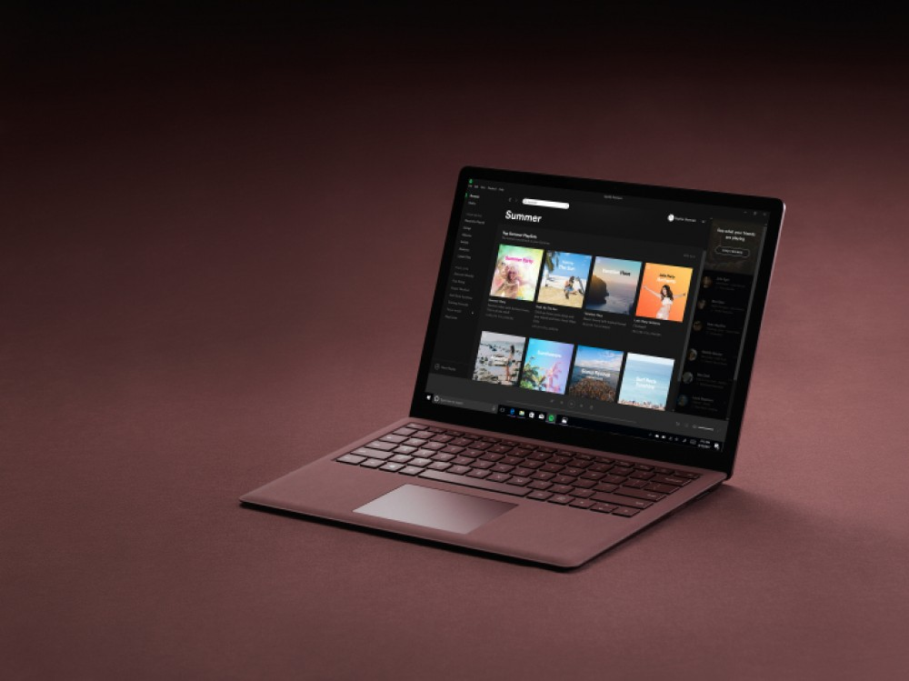 surface laptop la mise jour gratuite vers windows 10 pro prolong e de 3 mois windowsfun. Black Bedroom Furniture Sets. Home Design Ideas
