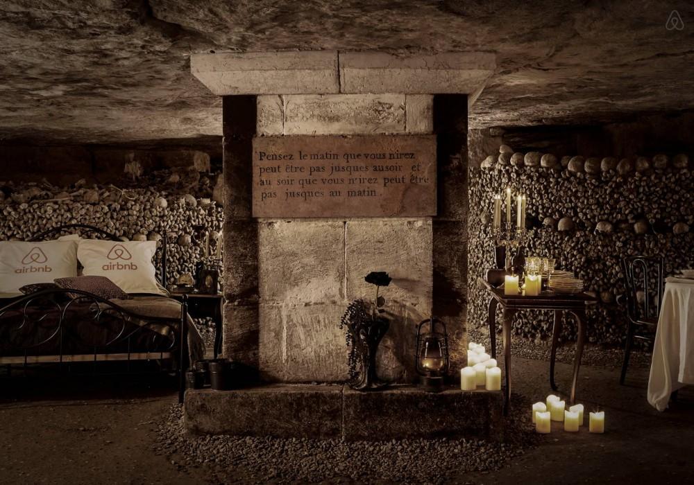 Insolite: Airbnb vous propose de passer une nuit dans les catacombes de Paris pour Halloween