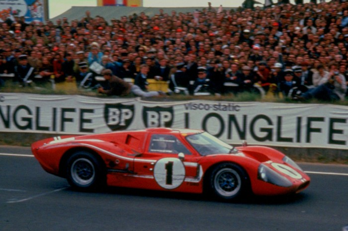 La fameuse Ford MkIV victorieuse du Mans le 11 juin 1967