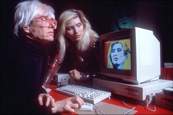 Andy Warhol lors de la première de l'Amiga le 23 juillet 1985