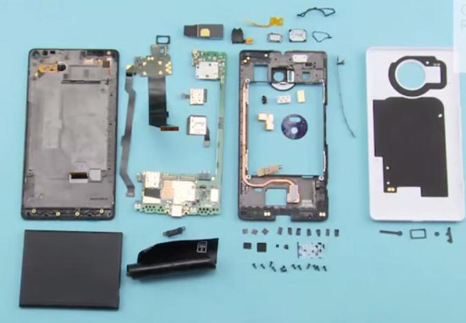Le Lumia 950, totalement mis à nu
