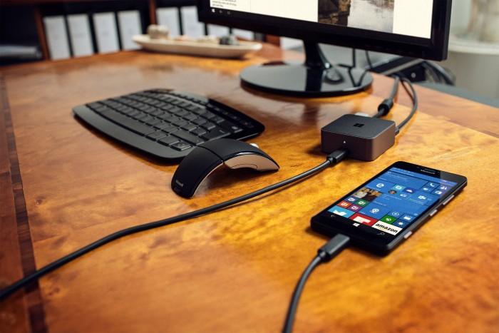 Microsoft offre une station d'accueil HD-500 pour tout achat d'un Lumia 950 XL