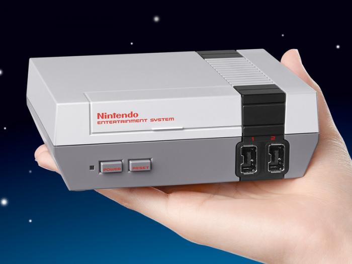 La nouvelle console de Nintendo est une réplique de la NES qui tient dans la main